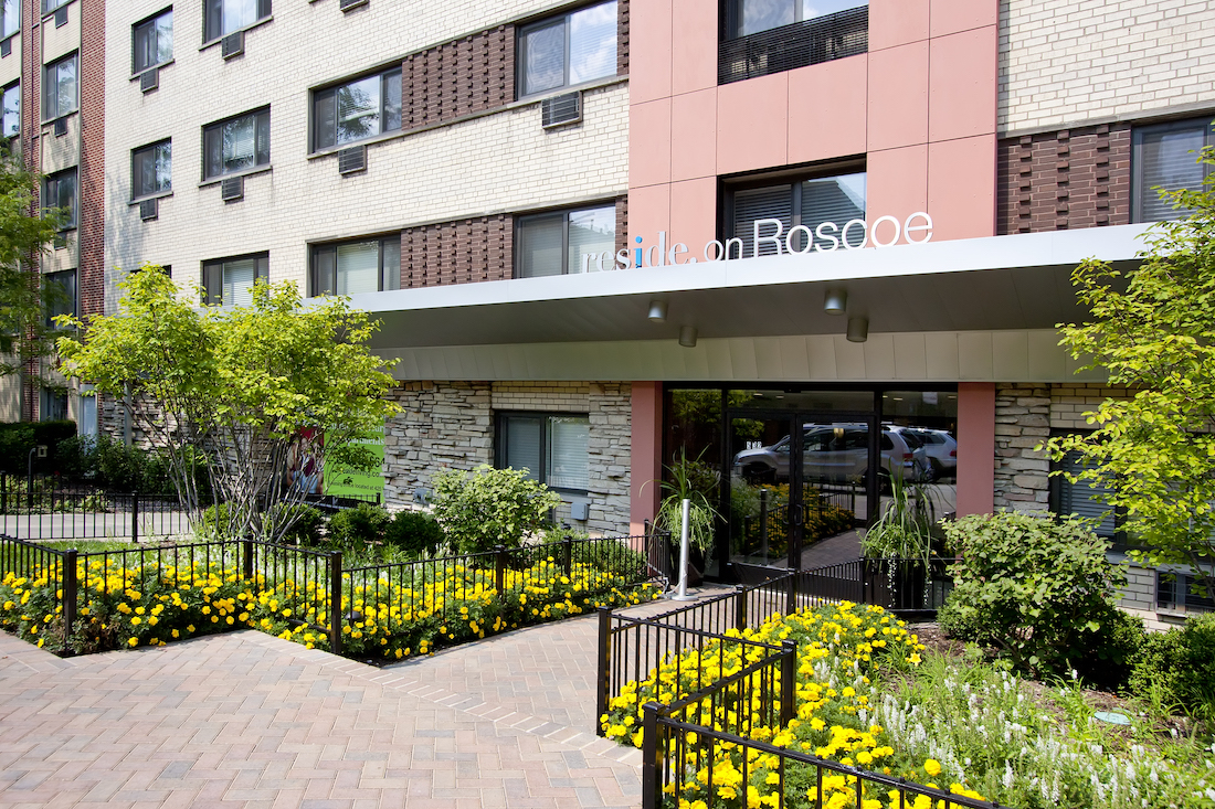 Reside on Roscoe Apartments, lakeview