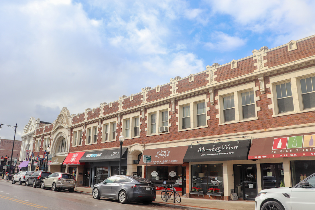 Clark Street Retail Space Available